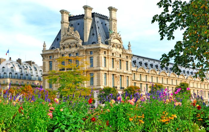 В Париж през пролетта